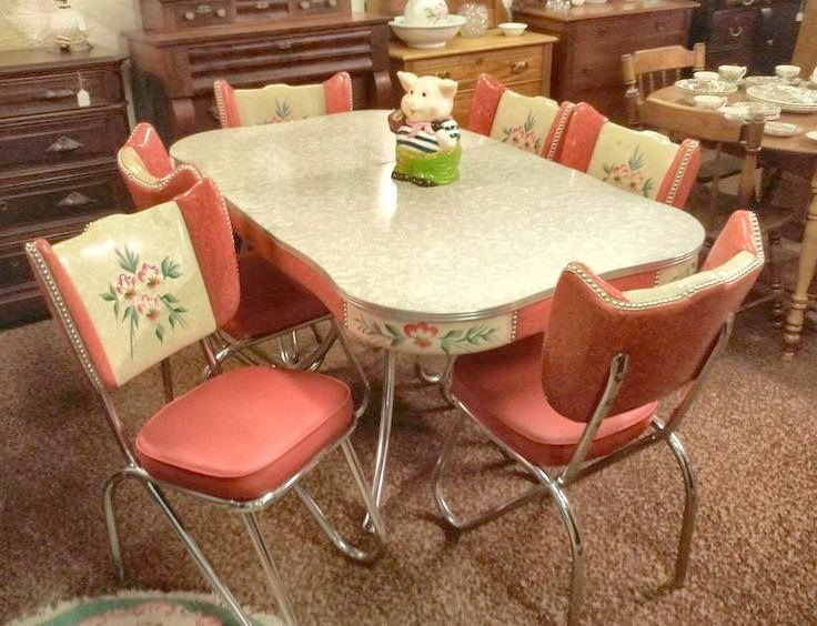 Attractive Old Kitchen Tables   Old Kitchen Table And Chairs Photo: So Tacky Its A Must Have (imo