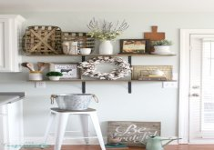 kitchen shelf decor