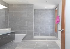 Nice Big Tiles In Small Bathroom   Outside The Box Bathroom Tile Ideas